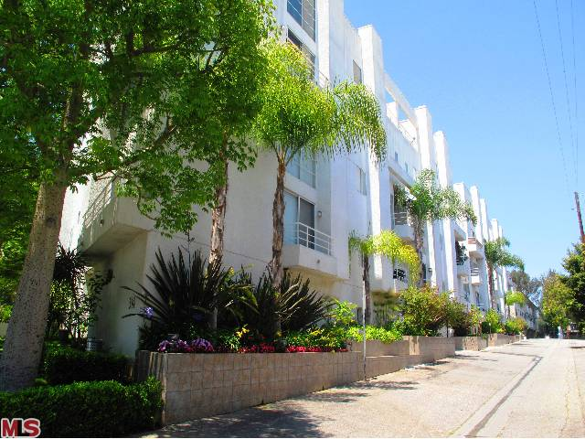 Just Listed- Sophisticated two story condo in modern architectural building- $549,000